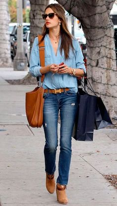Alessandra-Ambrosio-Jeans-Denim-Look-Street-Style