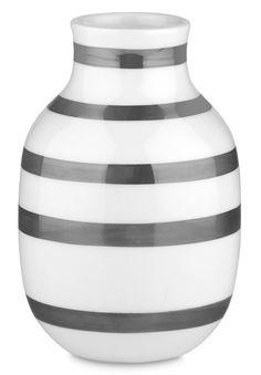 Så er det i næste uge (uge 17) den længe ventede Kähler - Omaggio Vase Sølv kommer #inspirationdk #nyhed #danskdesign