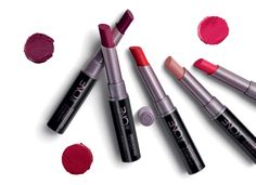 Batom Ultramate Colour Unlimited The ONE Matte Lipstick, Lipstick Colors, Lip Colors, Lipsticks, Love Makeup, Beauty Makeup, Oriflame Beauty Products, Makeup Products, Oriflame Business