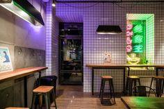 Noodle House, Noodle Bar, Noodle Restaurant, Restaurant Design, Hk Restaurant, Bar Interior, Interior Decorating, Nordic Interior, Interior Modern