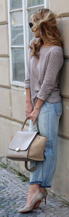 Neutral color bag. (bolsa de cor neutra)
