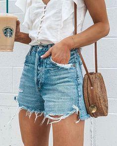 Description: Material: Denim Pattern: Solid Color Length: Short Season: Summer Style : Casual , Fashion Occasion: Daliy Color: Light Blue Size: S, M, L, XL Pac Mode Shorts, Mode Jeans, Short Outfits, Casual Outfits, Cute Outfits, Fashionable Outfits, Casual Clothes, Denim Fashion, Fashion Outfits