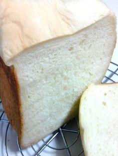 HBで『金の食パン』に挑戦!本物より、ふわふわモチッとさせて2日目も柔らかくしました。