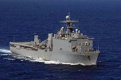 USS Ashland (LSD-48) - 1989