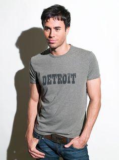 13 Sexy Photos of Enrique Iglesias - Cosmopolitan.com
