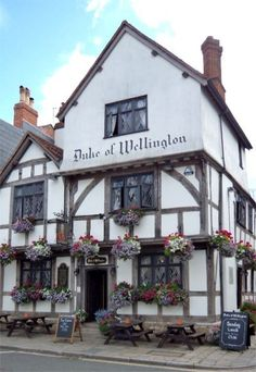 Web Page for the Duke of Wellington Pub and restaurant in city of Southampton, Hampshire, England. Local Pubs, Pubs And Restaurants, Registry Office Wedding, Southampton England, National Portrait Gallery, August 2014, Teaching Spanish, Hampshire, Duke
