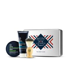 modern Gent Mens Shaving Kit_ TRULY BEAUTIFUL GIFTS: THE BODY SHOP PARTNERS WITH WAR CHILD #holidaygiving #beautygifts #beautyinthebag #beautifulgifts #beautygivesback #mensshaving