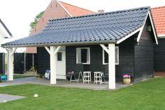 T24 Tuinhuis dubbelwandig houtskelet potdeksel-veranda.jpg