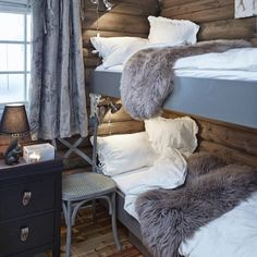 Fine Deco Chambre Style Chalet that you must know, You?re in good company if you?re looking for Deco Chambre Style Chalet Cabin Chic, Cozy Cabin, Chalet Chic, Chalet Style, Ski Chalet Decor, Cabin Beds, Chalet Interior, Interior Design, Bunk Rooms