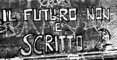 the future is unwritten murales - Il futuro non è scritto cit. Joe Strummer