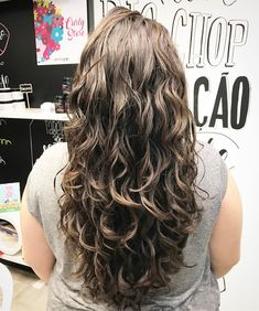 Stylish Curly, Wavy and Plump Hairstyles - Page 57 of 58 - new girl hairstyles Long Wavy Haircuts, Haircuts For Curly Hair, Curly Hair Cuts, Long Hair Cuts, Curly Hair Styles, Natural Hair Styles, Wavy Hairstyles, Deva Curl, Natural Waves Hair