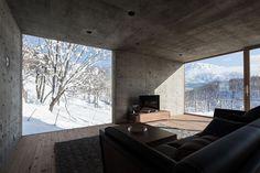 L HOUSE in Hirafu (Niseko, Hokkaido, Japan) by Florian Busch Architects.  Ph. Hiroyuki Sudo.