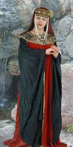 Clothing medieval - Empress of the Holy Roman German Empire - Theophanu