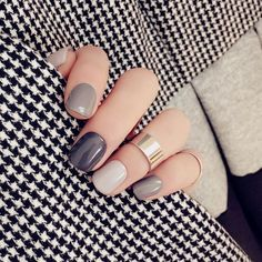 neutral creme nails in different shades | #manicure multi-color