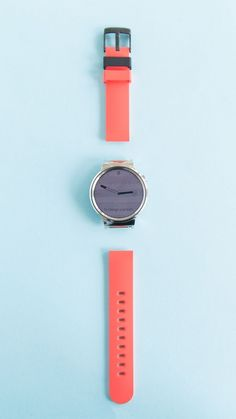 """MODE watch bands use a """"snap-and-go"""" mechanism that lets you quickly attach and detach bands from your Android Wear smartwatch"""