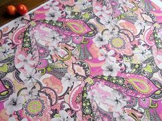 Posts Paisley Fabric, Paisley Pattern, Printed Bags, Printed Cotton, Fabric Design, Print Design, Purple Bags, Moriarty, Kona Cotton