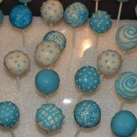 blue-and-white-cake-pops
