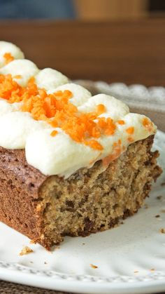 ¡Un clásico irresistible! Carrot Recipes, Sweet Recipes, Baking Recipes, Dessert Recipes, Yummy Food, Tasty, Savoury Cake, Food Cakes, Love Food