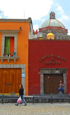 colors in San Miguel de Allende, Mexico http://bbqboy.net/changing-mind-san-miguel-de-allende-mexico/ #sanmigueldeallende #mexico