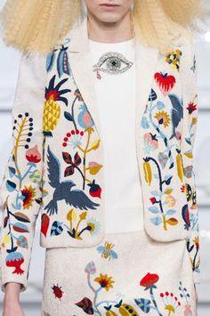 Défilé Schiaparelli Printemps-été 2016 Haute couture | Le Figaro Madame                                                                                                                                                                                 Plus