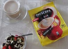 Mała chwila przyjemności z #Nescafe3in1 Teraz w dwóch nowych smakach #vanillanescafe3in1 #caramelnescafe3in1. https://www.facebook.com/photo.php?fbid=1716150351984784&set=o.145945315936&type=3&theater