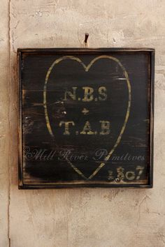 Primitive Personalized Heart and Initials Wooden Family Name Sign Wooden Family Name Sign, Family Name Signs, Barn Wood Projects, Diy Projects, Woodworking Projects, How To Make Signs, Making Signs, I Love Heart, Hand Painted Signs