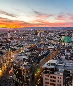 The golden hour in the capital. __________________ Photo: @mikecleggphoto __________________ #wien #ig_austria #vienna #sun #goldenhour #sunset #amazin #view #streets #bigcitylife #colorful #colors #gold #orange #bluesky #beautiful #travel #discover #igaustria #myaustria #visitaustria #loves_austria #feelaustria #365austria #igersaustria #weloveeurope #wueurope #igeurope #ig_europa Hotels-live.com via https://www.instagram.com/p/BDFTkVUE3RQ/ #Flickr