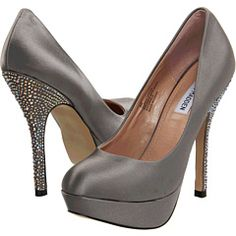 light grey mid heel court shoes heels shoes boots women style pinterest shoes heels woman shoes and islands