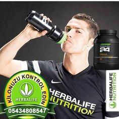 #Herbalife #24 #nedir?  Vücutta #protein dengesini korumak için Herbalife uzmanları tarafından geliştirildi Yoğun #fiziksel #aktivite dönemlerinde protein dengesini korumak için formüle edilen Herbalife Formül 1 #Sport, 18 gram #süt proteini içeriyor. Oldukça pratik kullanımlı, #vanilya aromalı Herbalife Formül 1 Sport'un içeriğinde C, E vitaminleri, #demir ve #kalsiyum bulunuyor.