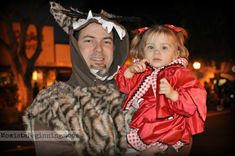 Little Red Riding Hood and The Big Bad Wolf DIY costume // Family Halloween costumes // Momista Beginnings
