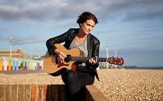 Happy Couple; Heather Peace and Ellie Dickinson, see their Married life, Family, and Children