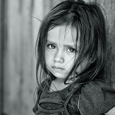 Island girl by Yaman Ibrahim - beautiful! Precious Children, Beautiful Children, Beautiful Babies, Kids Around The World, People Around The World, Beautiful Eyes, Beautiful People, Children Photography, Portrait Photography
