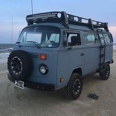 Image may contain: outdoor Volkswagen Bus, Beetles Volkswagen, Vw T2 Camper, Vw Bus T2, Vw T1, Travel Camper, Auto Camping, Camping Life, Combi Vw T2