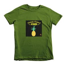 Pineapple Fly Tots Short sleeve kids t-shirt