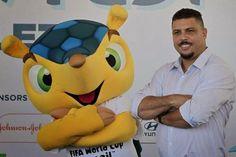 Folha Política: Ronaldo defende Copa no Brasil, critica protestos e diz que não foi desviado dinheiro da saúde