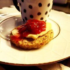 Minibrød på 90 sekunder - Fett & Forstand - Make Keto Great Again! French Toast, Keto, Baking, Breakfast, How To Make, Morning Coffee, Bakken, Bread, Backen