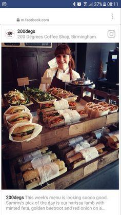 Stand a sandwich Sandwich Bar, Roast Beef Sandwich, Sandwich Shops, Deli Sandwiches, Sandwich Ideas, Bakery Shop Design, Coffee Shop Design, Restaurant Design, Cafe Display