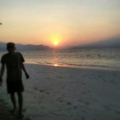 Indonesia.. sunset at Kelagian island.. matahari terbenam saat di Pulau Kelagian Lampung..
