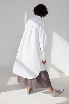 Japanese Minimalist Fashion, Minimal Fashion, Studio Nicholson, Japan Fashion, White Dress, Zoo Clothing, Clothing Ideas, Dresses, Minimalism