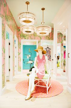 Stores with the Coolest Dressing Rooms // Lilly Pulitzer