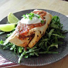 Gebakken tortilla's (chimichanga) in airfryer: borstel beetje boter over de wrap en bak af op 200 graden.