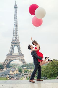 """""""There is only one happiness in this life, to love and be loved."""" George Sand Engagement picture taken in Paris by Paris engagement photographer Fran Boloni"""