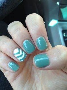 Cute fresh fall nails with chevron design! Love!!