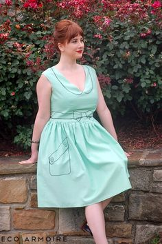 Trompe L'WOW Dress w/ side pocket tutorial, wow, fabric market and you get this amazing dress = ooh, thanks so xox