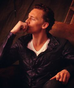 So dang attractive in the Avengers. Tom Hiddleston.