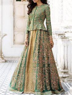 Choli Blouse Design, Choli Designs, Bridal Blouse Designs, Lehenga Designs, Party Wear Indian Dresses, Pakistani Dresses Casual, Shadi Dresses, Indian Outfits, Peplum Top Outfits