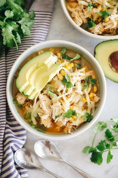 Ready in 20 minutes, this Instant Pot White Chicken Chili is easy to make, uses minimal ingredients and will be loved by the whole family. Options for stove-top or slow-cooker versions too depending on what tools you have. Healthy Soup Recipes, Chili Recipes, The Healthy Maven, Healthy Eating, Easy College Meals, Great Northern Beans, White Chicken Chili, Bowl Of Soup, Instant Pot Pressure Cooker