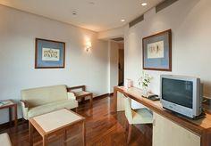 Ponte cómodo en nuestras habitaciones adaptadas y accesibles para todos. http://www.ilunionalcalanorte.com/
