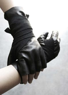 Form-4. give me gloves or give me death. okay, that's a bit extreme, but i looooove these.