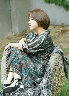 """ne in a million, Twice fancy you mini album). Kpop Girl Groups, Korean Girl Groups, Nayeon, Twice Songs, Hot Girls, Rapper, Chaeyoung Twice, Twice Kpop, Dahyun"